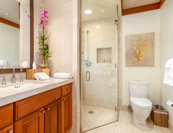 10. KAH3 Guest Bath 1