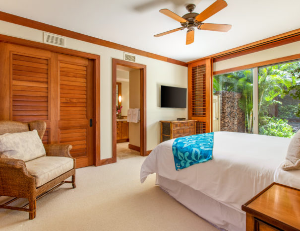 10. W HAK2 Guest Bedroom Overview