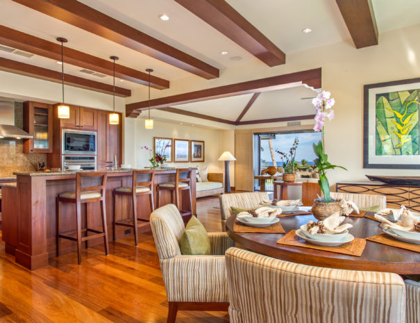 View of the dining room and kitchen in Hali'ipua 10 property in Hualalai.