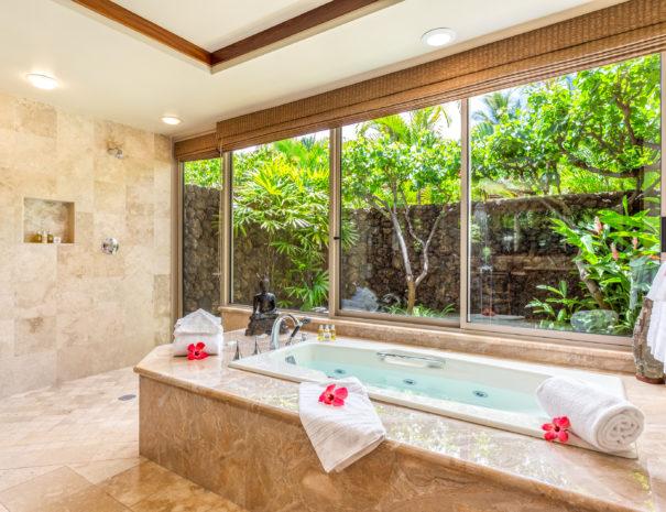 8. W KAH7 Master Bath